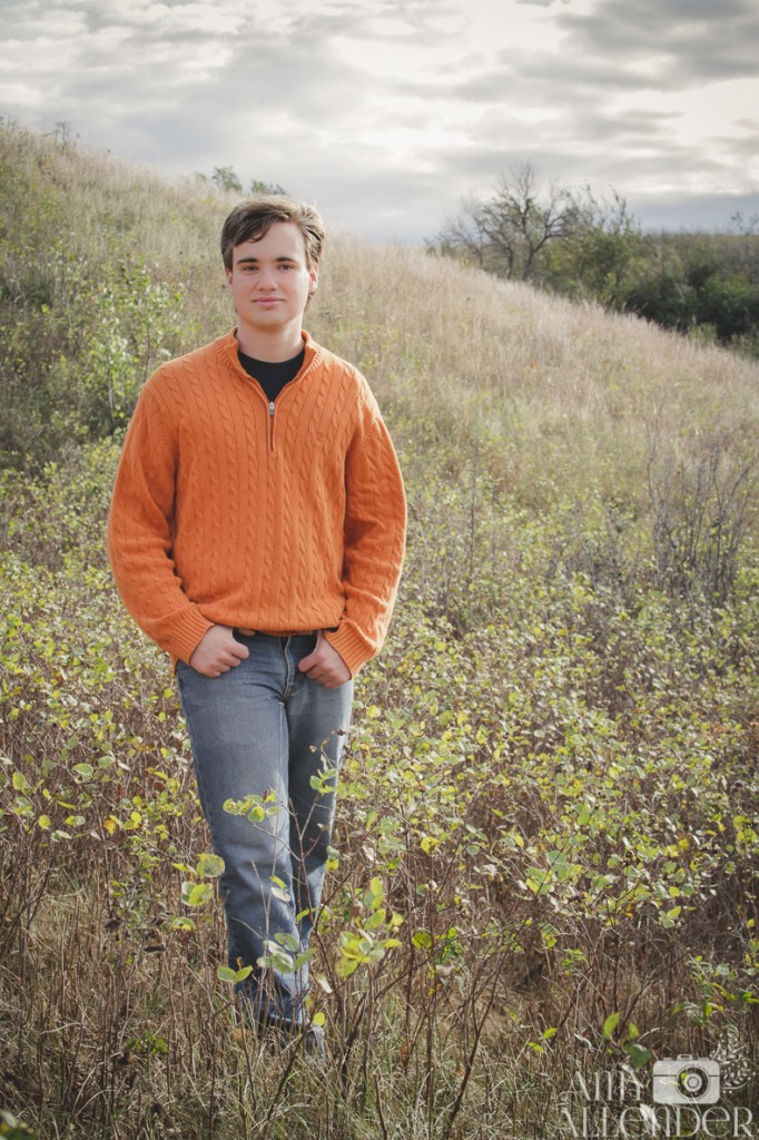 field senior portrait