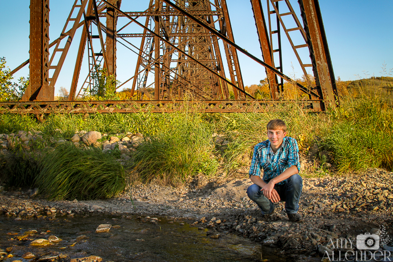 senior portraits railroad trestle