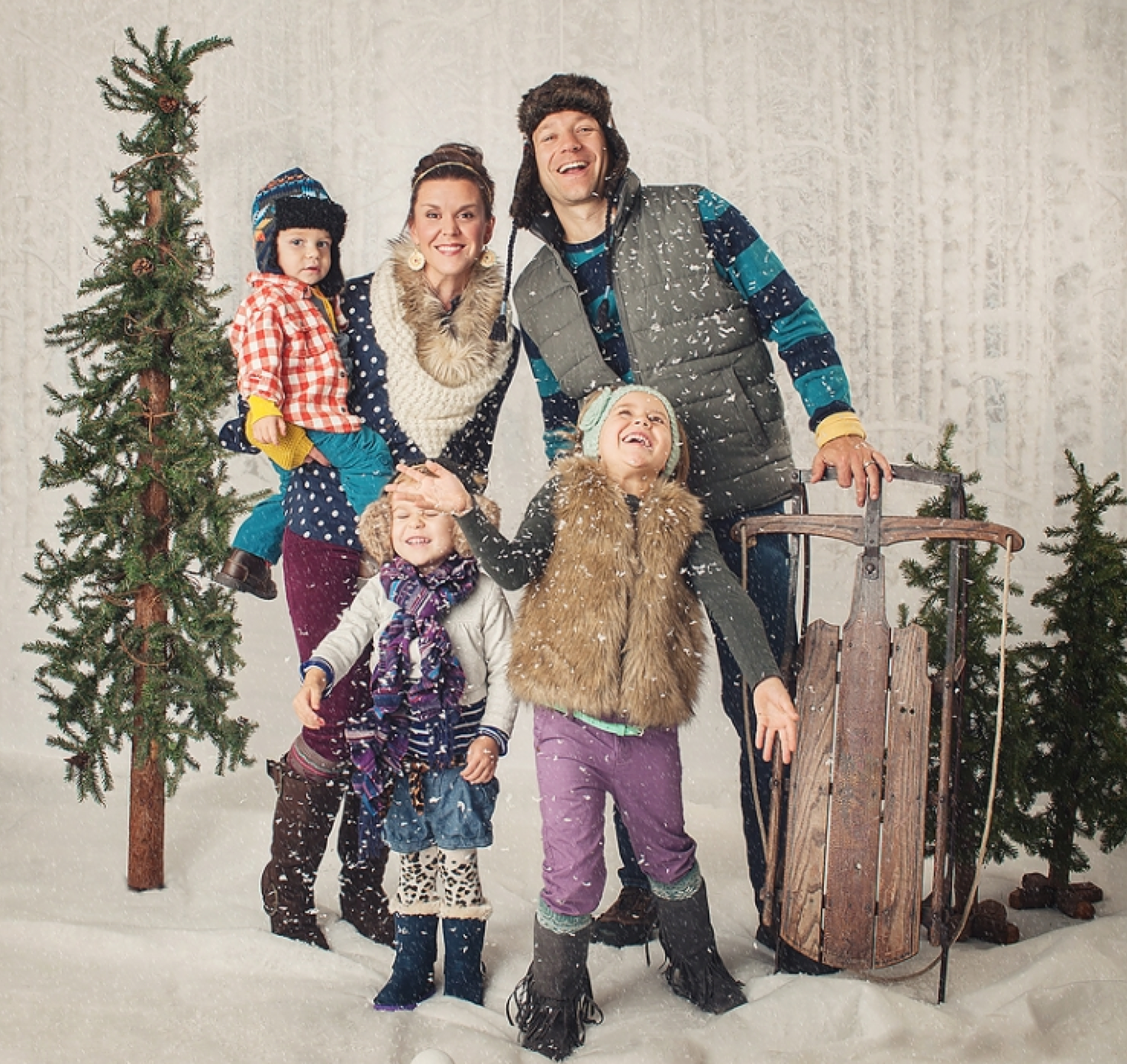What To Wear in Christmas Photos | 10 Tips